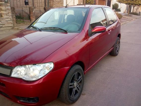 Fiat Palio 1.8 Nafta. Modelo 2004