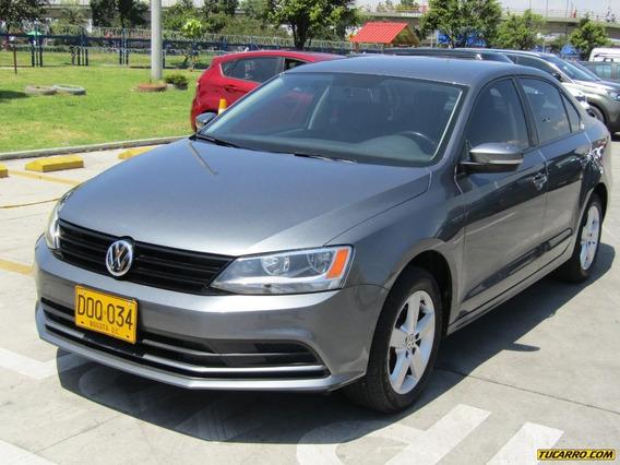 Volkswagen Jetta Full Equipo