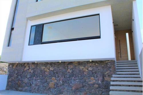 Imagen 1 de 14 de Zibatá Casa En Venta Con Roof Garden Y 3 Recamaras! Qh