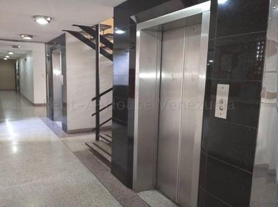 Alquiler De Apartamento Urb Bosque Alto Cod 20-7609 Sh