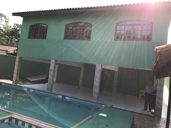 Em Condomínio Costa Do Sol
