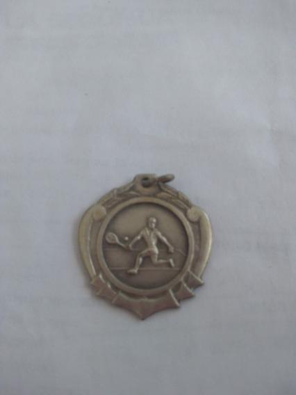 Medalla 2do Puesto Tenis