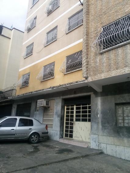 Apartamento Av. Victoria Av. Centro America