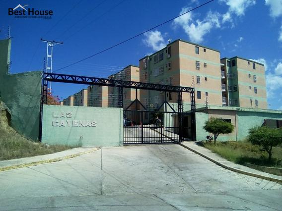 Best House Vende Apartamento En Residencia Las Cayenas.