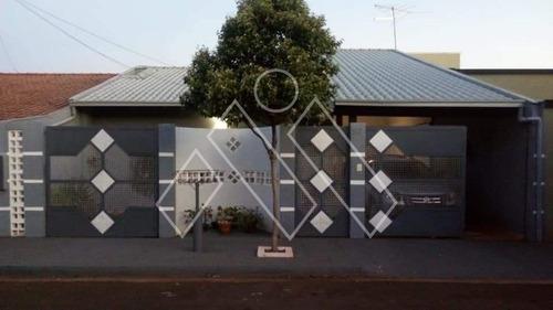 Casa Térrea 4 Dormitórios Sendo 1 Suíte Na Zona Sul De Londrina - Mi1185