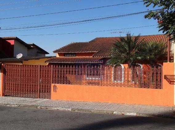 Casa À Venda, Centro, Ribeirão Pires. Com 03 Dorms Sendo 01 Suíte E 06 Vagas. - Ca0230