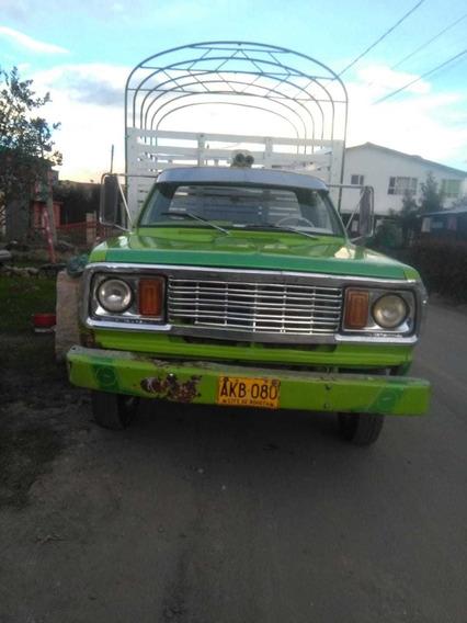 Dodge 300 1977