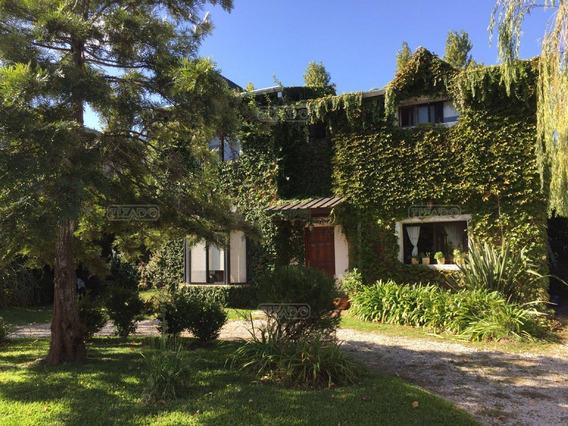 Casa En Venta Ubicado En Saint Mathews, Pilar Y Alrededores