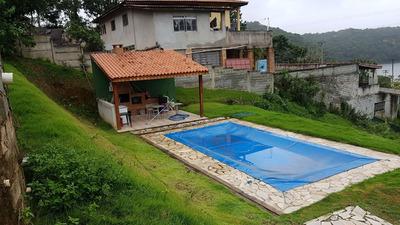 Casa De 3 Quartos E 3 Banheiros