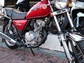 Suzuki Intruder