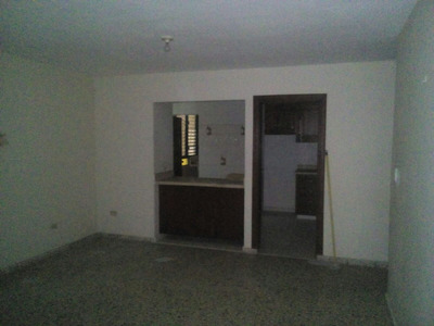 Alquiler Apartamento Bella Vista, Ave. Anacaon, Mirador Sur