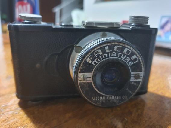 Camera Fotográfica Antiga Falcon
