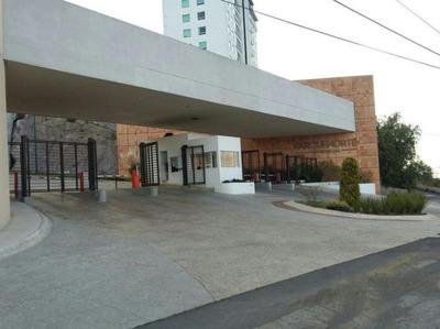 Departamento En Centro Comercial Perinorte