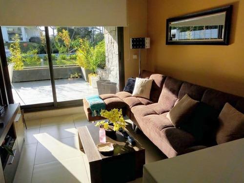 Venta Apartamento 1 Dormitorio Y Medio Con Parrillero Punta Del Este