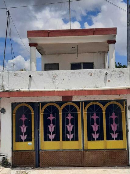 Casa En Venta En El Centro De Mérida, Yucatán, 2 Recámaras