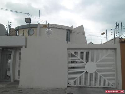 Townhouses En Venta 04243070403