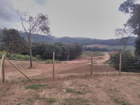 Lotes Com Bosque E Lago Pra Pesca Com Portaria Agua E Luz J