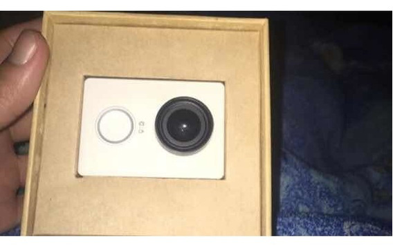 Câmera Xiaomi Yi Seminova