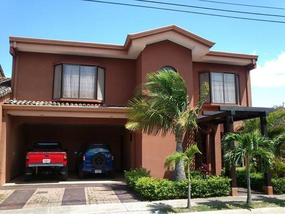 Preciosa Casa En Condominio San Joaquin De Flores Heredia