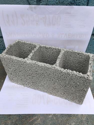 Bloco De Concreto (cimento) 12x17x29cm