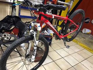 Bicicleta: Specialized Rockhopper