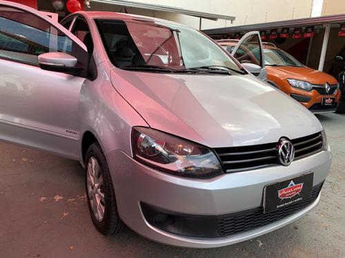 Volkswagen Fox Trend 1.0 Prata 2012