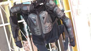 Peto Protector Talla Eeg Marca Iron Racing