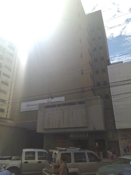 Oficina En Venta En Centro De Maracay 04128969771