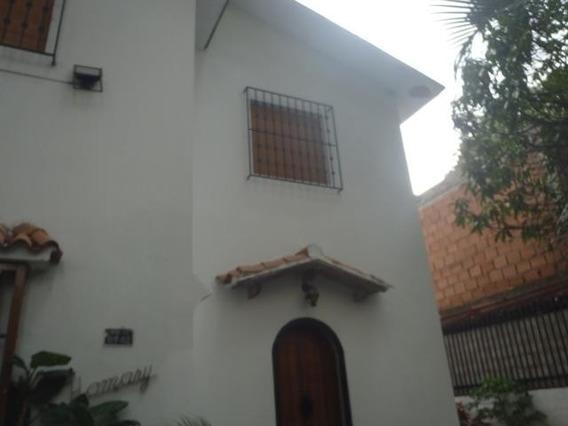 Casa En Venta La Florida , Caracas Mls #18-13840