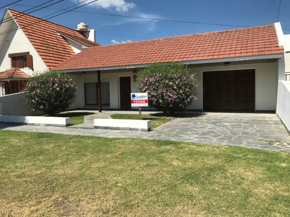 Vendo Casa En Miramar-a 300 Metros De La Playa-oportunidad!!