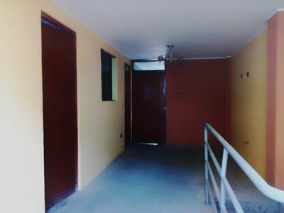 Departamento Casa 2do Piso Entero, Con Sala,3 Cuartos,1baño.