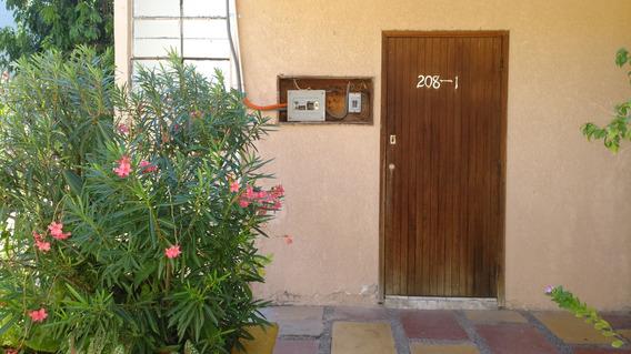 Se Renta Habitación Para Una Persona En La Colonia Guadalupe