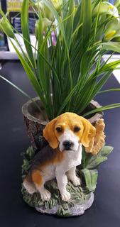 Matero O Maceta De Resina Perro Beagle 15 X 18 Cms