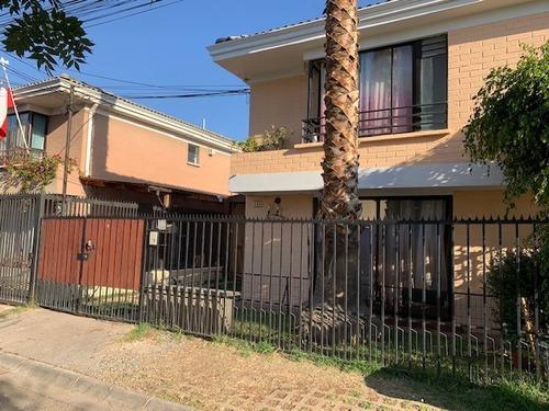 Excelente Casa / Metro H. Sotero Del Rio.