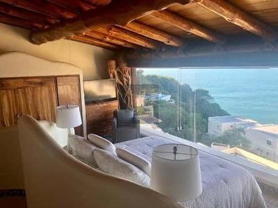 Villa En Diamante Con Alberca Y Preciosa Vista.