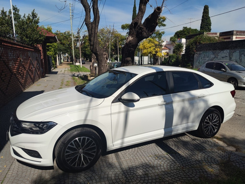 Volkswagen Vento 2019 1.4 Comfortline 150cv At
