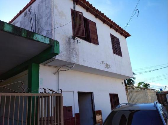 Casa En Venta Cabudare La Mora, Al 20-716