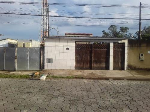 Imagem 1 de 9 de Casa No Bairro Perequê Mirim, Em Caraguatatuba, 7831