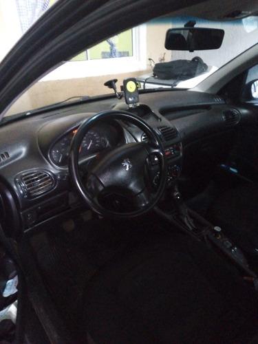 Peugeot 206 2007 1.4 Sensation Flex 5p