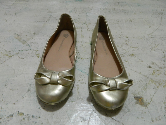 Sapatilha Shoestock Dourada