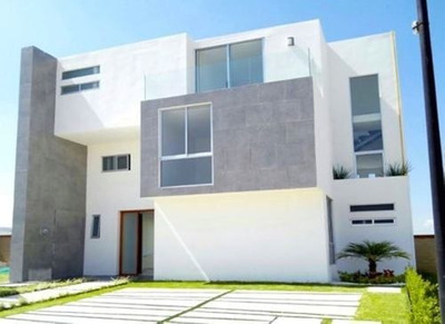 Egs - Venta De Casa 3 Niveles En Lomas De Angelópolis