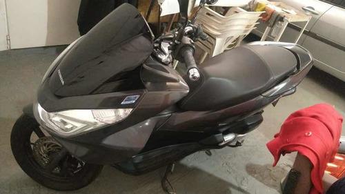 Honda Pcx 150 - 2016 - Km Reales, Muy Buen Estado.