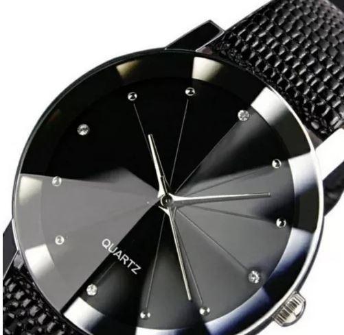 Relógio Feminino Lindo Elegante Pulseira Courino