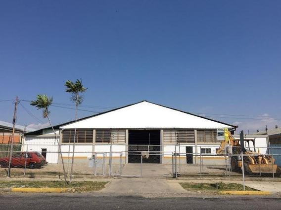 Galpon En Venta Zona Industrial Barquisimeto Lara 20-2313
