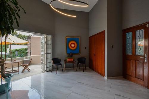 Imagen 1 de 27 de Casa En Venta Calle Cerrada, Exclusiva Zona Residencial, Lom