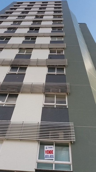 Sala Comercial No Edf. Centro Médico Odontológico, Bairro São José - Cp6024