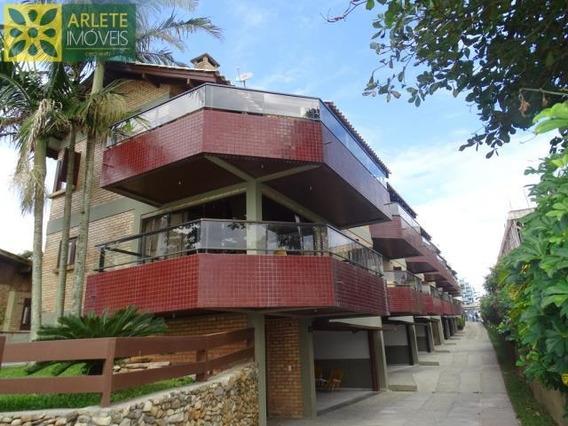 Apartamento No Bairro Centro Em Bombinhas Sc - 344
