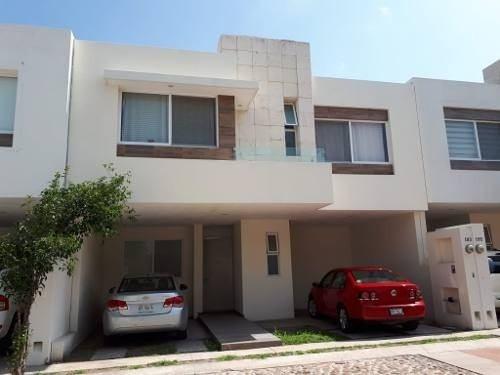 Casa En Renta Semi-amueblada, Residencial Puerta Norte, Jesús María, Ags. Rcr 292421