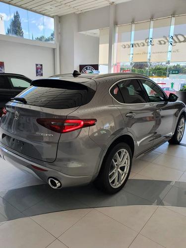Imagen 1 de 12 de Alfa Romeo Stelvio 2021 Lusso