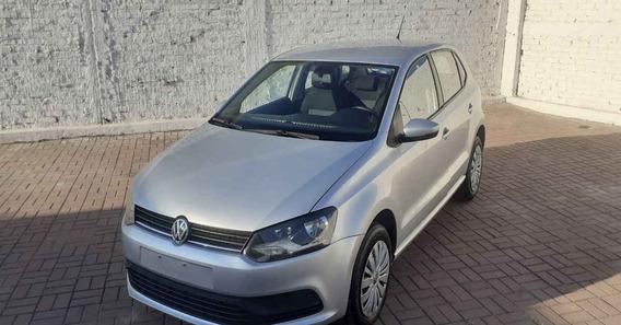 Volkswagen Polo 2019 5p Startline L4/1.6 Aut